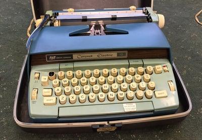 Grandmas Typewriter.jpg