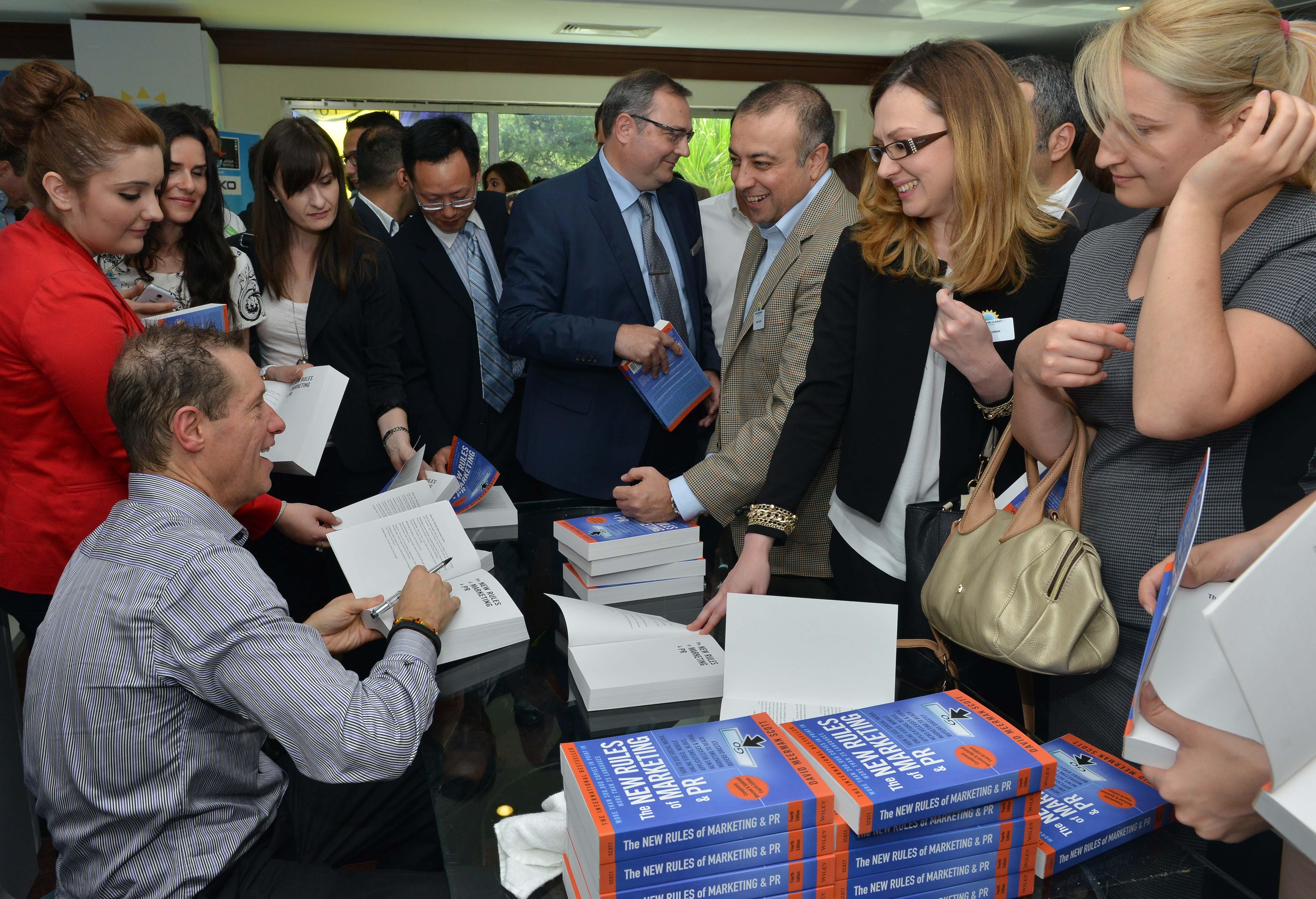David Meerman Scott is an internationally acclaimed strategist,