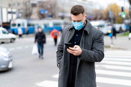 shutterstock_mask and smartphone1933416374